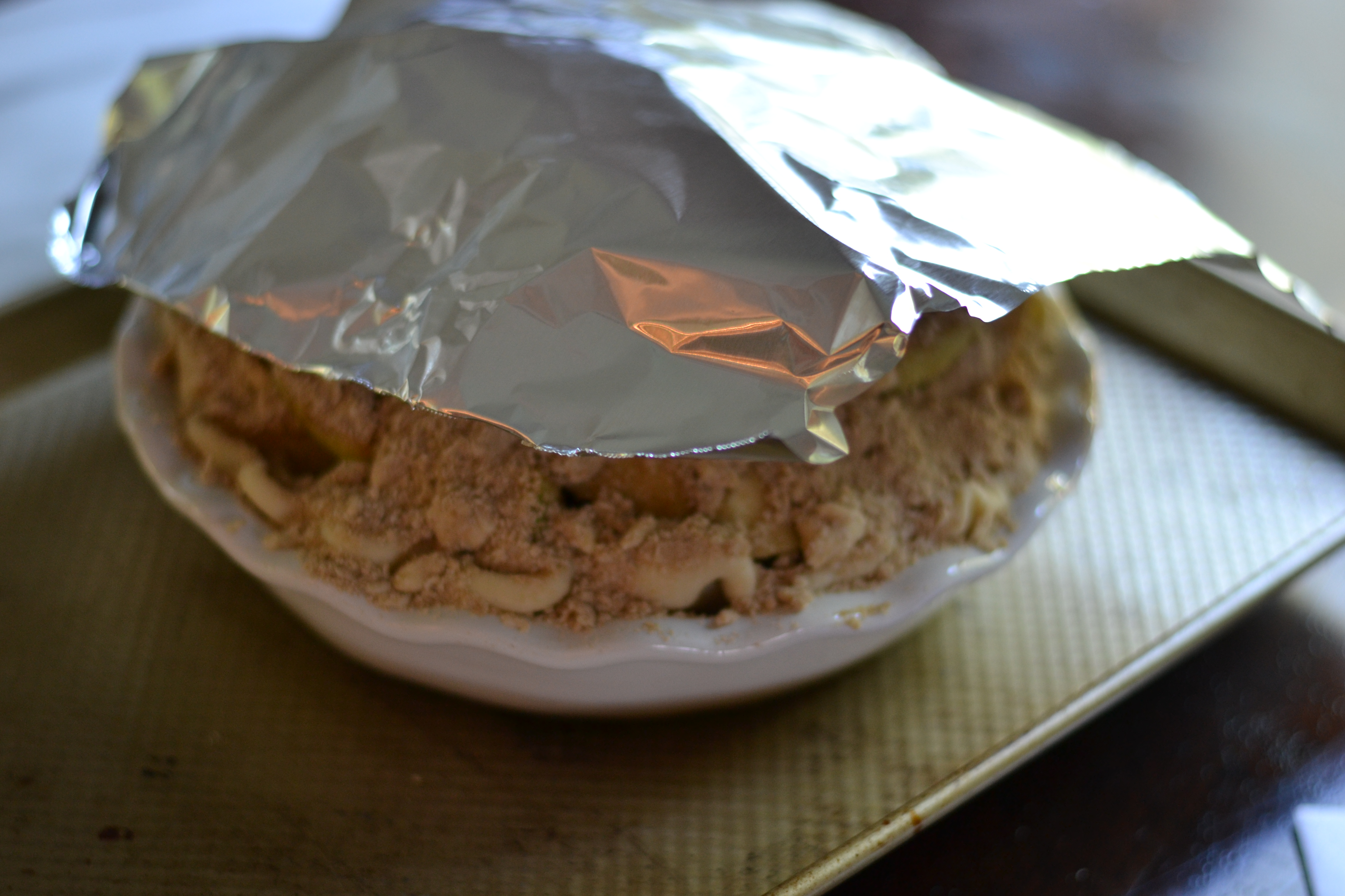 Tent the pie with a piece of foil and set on a baking sheet. Place in a 400 degree oven for 20 minutes. Remove the foil and continue baking until the top ... & Apple Pie : Martin Family Style